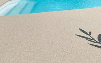 plage piscine résine